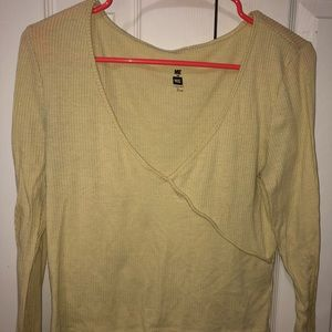 pacsun yellow long sleeve v neck